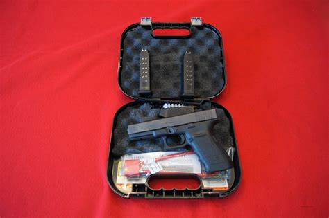 Glock G21 45 ACP G21 G21SF Features: •Finish: Black •Type: Semi-Automatic •Action: Safe Action