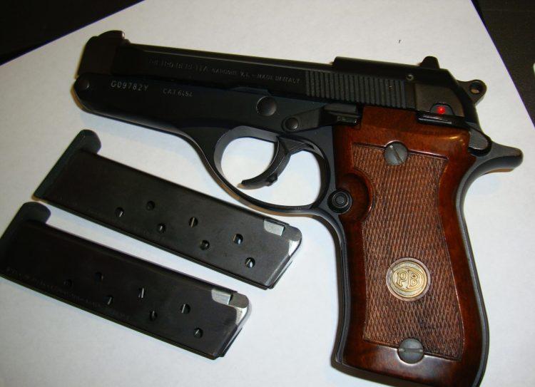 Beretta-86-380-with-pop-up-barrel-LIKE-NEW-Extra-mag-NICE_100864262_86213_1C73E7313C5C9ADEBeretta-86