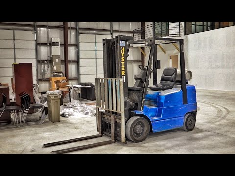 I Bought an Old Beater Forklift... AND IT'S AWESOME!!!
